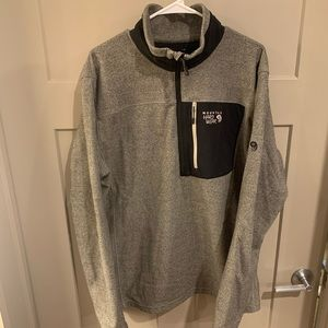 Mountain Hardware Quarter Zip Pullover